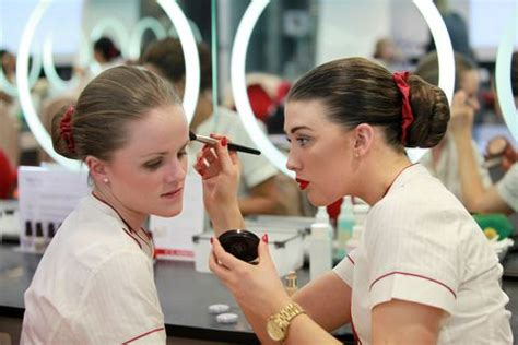 Emirates Cabin Crew Interview - How Do You Become a First