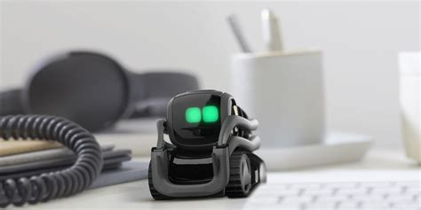 Anki's AI Robot Is a Delightful (and Expensive) Desk Toy