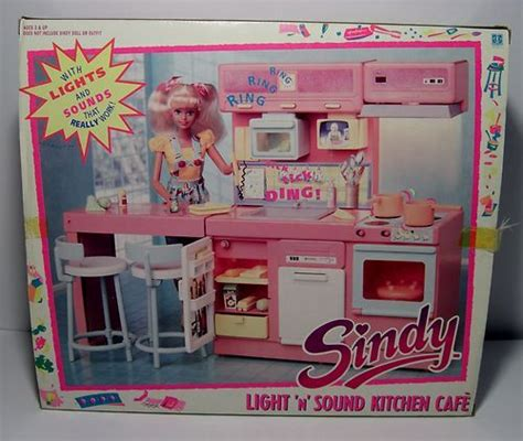 1990 Sindy Light N Sound Kitchen Cafe - with lights and