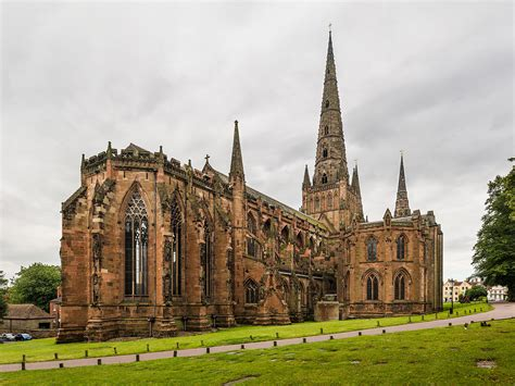 File:Lichfield Cathedral Exterior from NE, Staffordshire