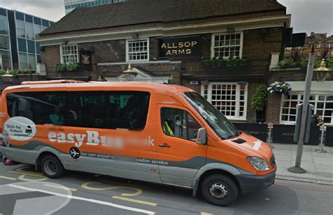 Easy bus pick up point from GloucesterPlace(Baker St) to