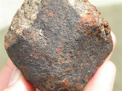 Meteorite Gallery, Photos, Information, Hunting, Research