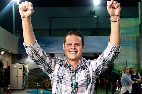 Central Falls cop who won 'Big Brother' returns for O