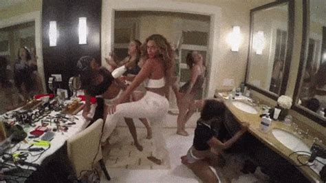 """Beyonce's Music Video for """"7/11"""" is Crazy, DIY Fun"""