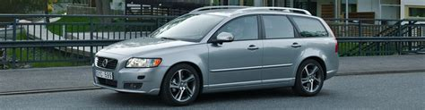Volvo S40 / V50 - Versions and Engines by year (2004 to 2011)