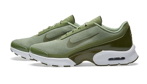 Palm Green Covers The New Nike Air Max Jewell