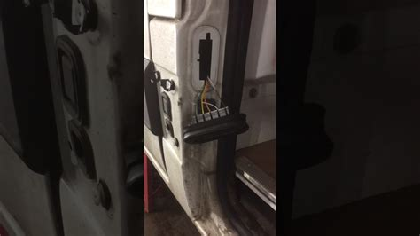 Renault Master and Vauxhall Movano side loading door issue